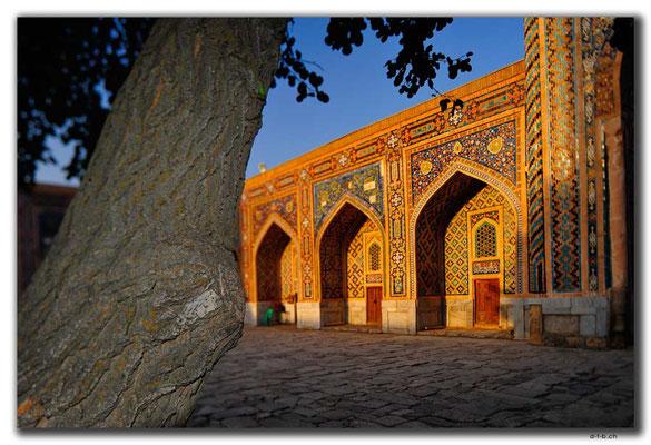 UZ0064.Samarkand.Registan.Tilla-Kari Medressa