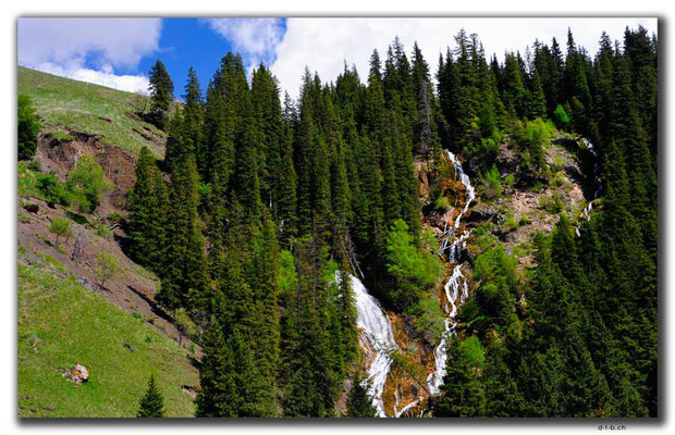 CN0002.Wasserfall