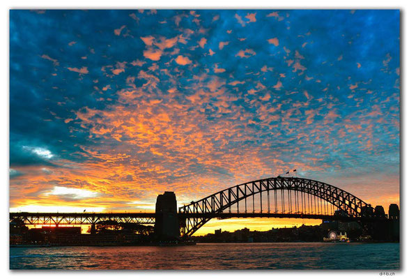 AU1558.Sydney.Harbour Bridge