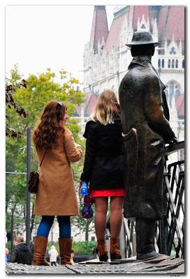 HU026.Budapest.Statue