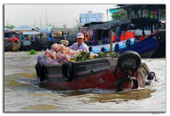 VN0385.Marktschiff auf dem Mekong