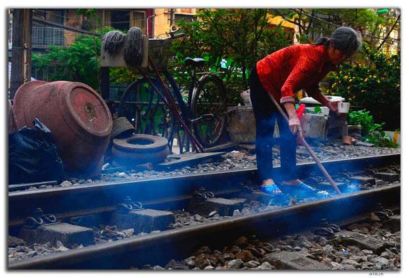 VN0048.Hanoi.Müll verbrennen