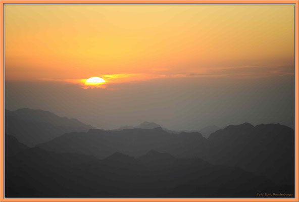 EG040.Sonnenaufgang Mount Moses