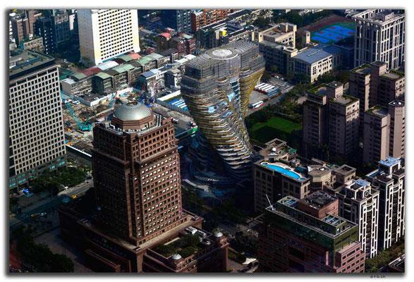 TW0006.Taipei.verdrehtes Haus