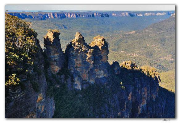 AU1712.Blue Mountains.Three Sisters