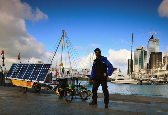 NZ: Solatrike in Auckland, Viaduct Basin