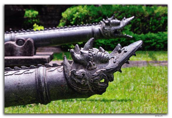 ID0011.Denpasar.Bali Museum.Kanonen