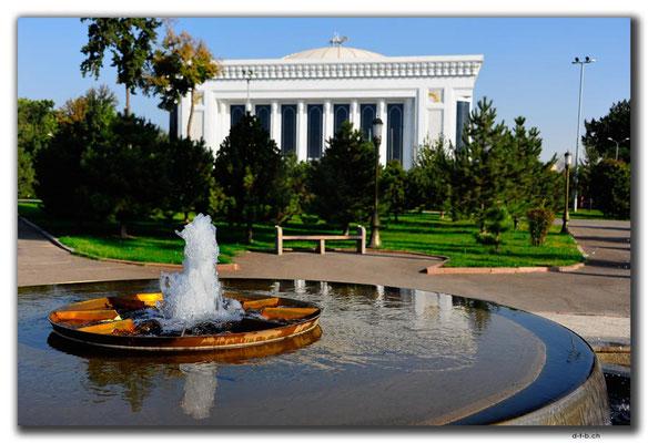 UZ0206.Tashkent.Dom Forum