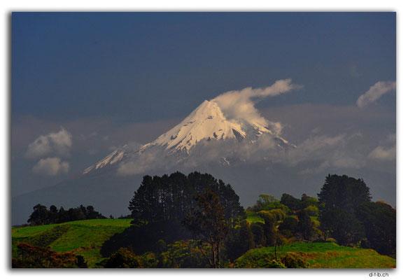NZ0359.Mt.Taranaki