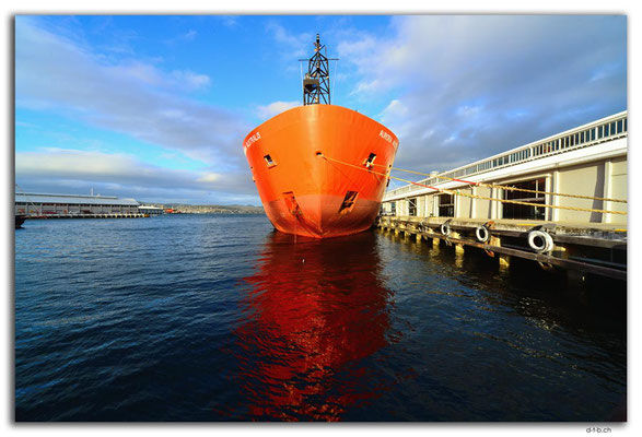 AU1282.Hobart.Aurora Australis