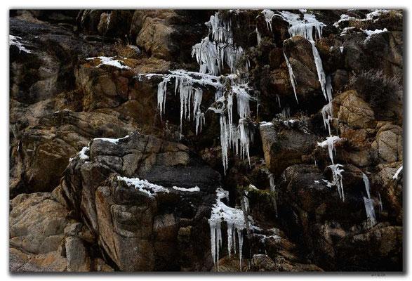 KG0134.Altyn Arashan.Eiszapfen