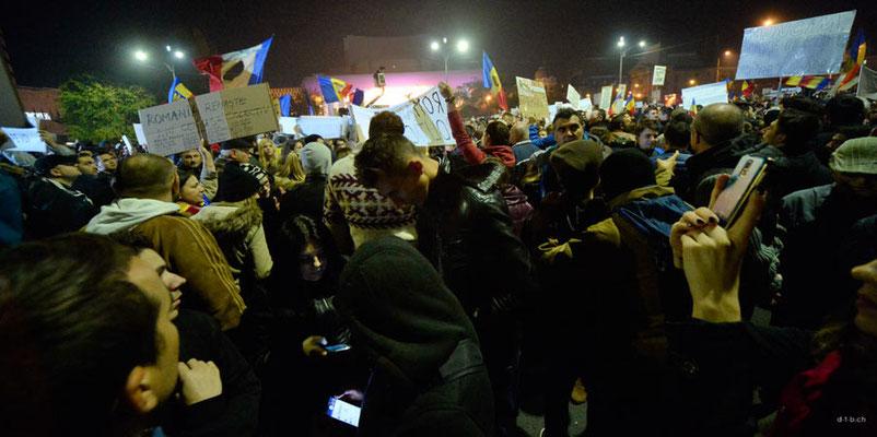 ROB042.Bukarest.Demonstration
