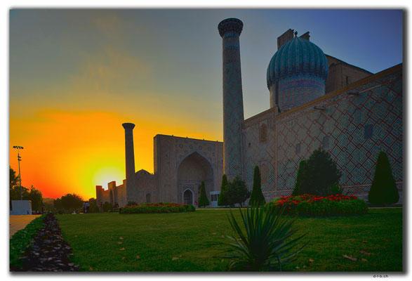 UZ0119.Samarkand.Registan