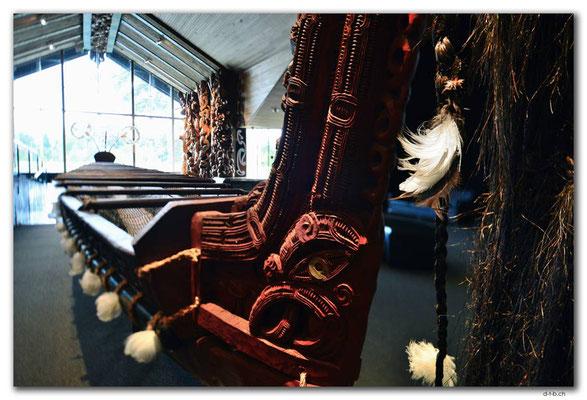 NZ0271.Hamilton.Waikato Museum.Kanu