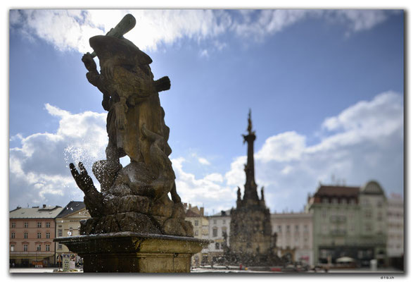 CZ118.Olomouc.Herkulesbrunnen