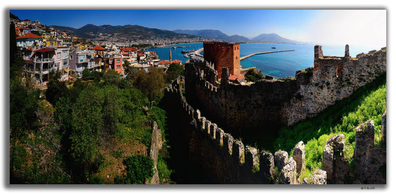 TR0450.Alanya.Red tower