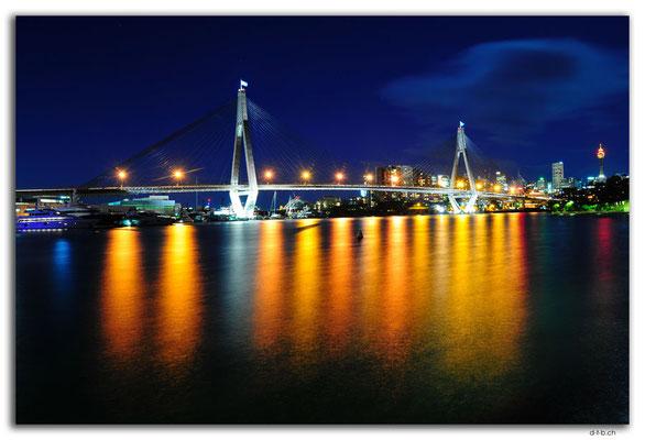 AU1710.Sydney.Glebe Point.ANZAC Bridge