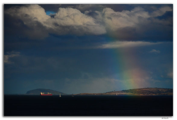 AU1325.Hobart.Derwent river Rainbow