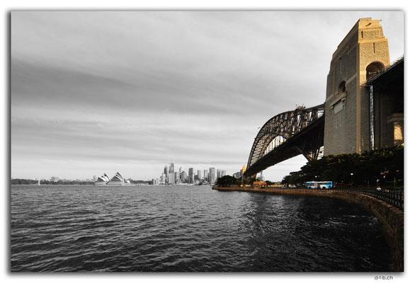 AU1595.Sydney.Opera House + Harbour Bridge