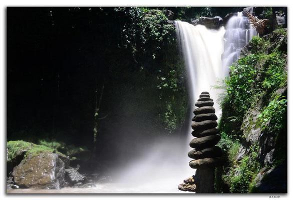 ID0118.Sukawati.Tegenungan Waterfall