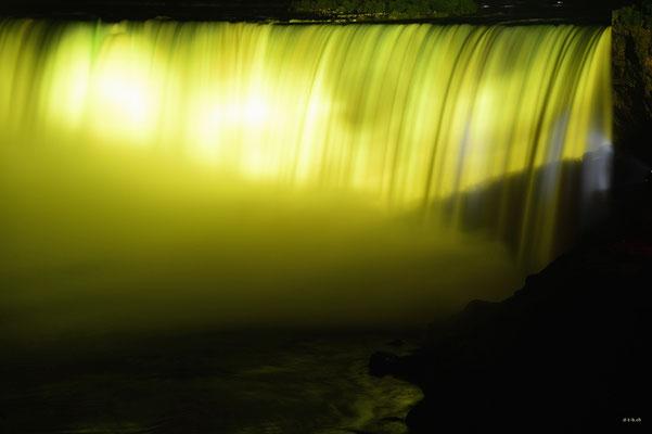CA0390 Niagara Falls