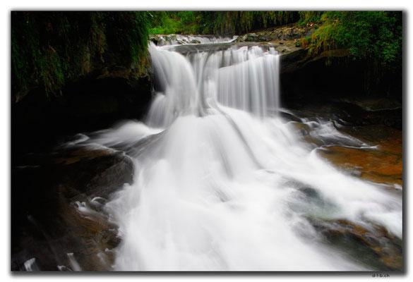 TW0053.Shifen.Wasserfall