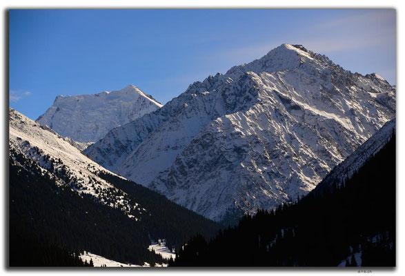 KG0116.Altyn Arashan.Berge