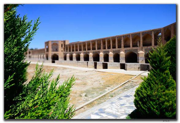 IR0099.Isfahan.Khaju Pol