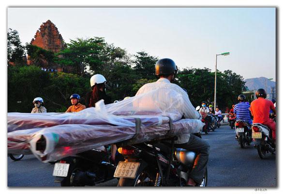 VN0271.Nha Trang.Thap Ba Pongar.Verkehr