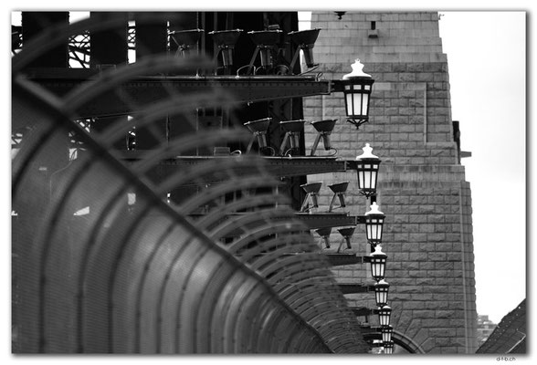 AU1591.Sydney.Harbour Bridge
