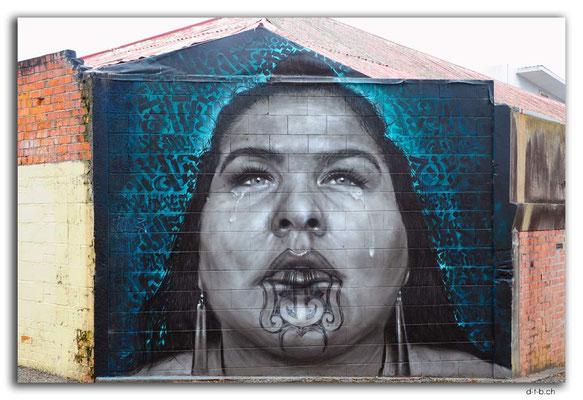 NZ0421.Whanganui.Streetart