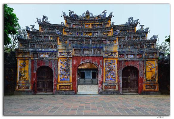 VN0174.Hue.Citadel.Tho Mieu Temple Complex