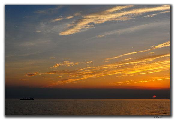 CN0408.Fähre.Sonnenuntergang