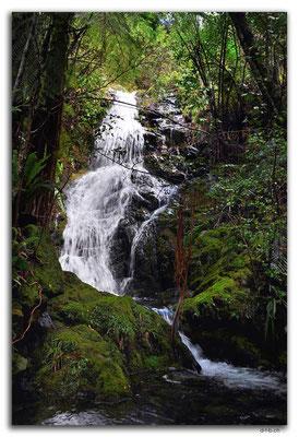 NZ0570.Anatoki Track.Waterfall
