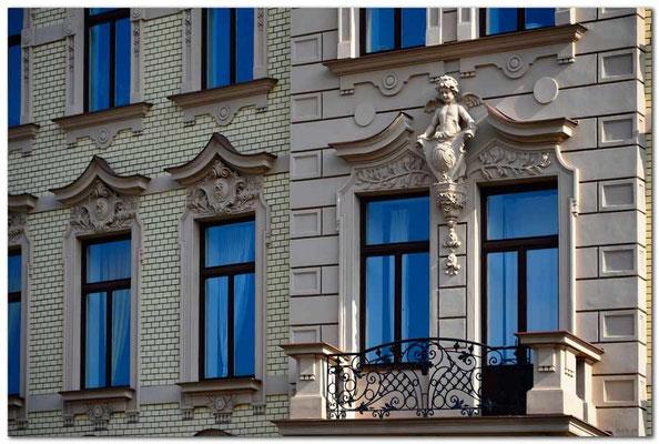 CZ023.Brno.Fassadenverzierung