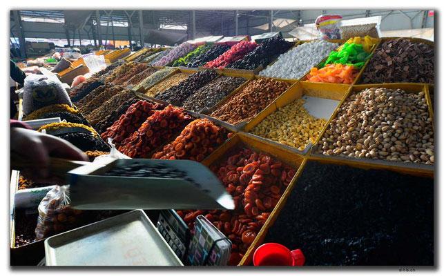 KG0060.Bishkek.Osh Market