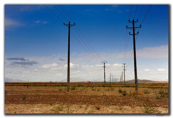 IR0364.Stromleitungen