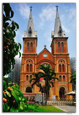 VN0399.HCMC.Notre Dame Church