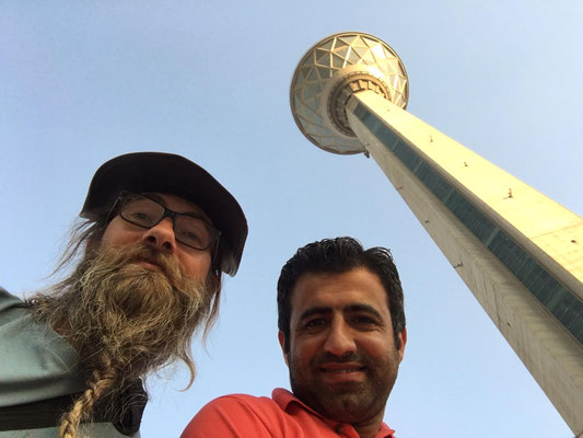 IR: Teheran, Milad-Tower mit Milad (Photo: Milad)