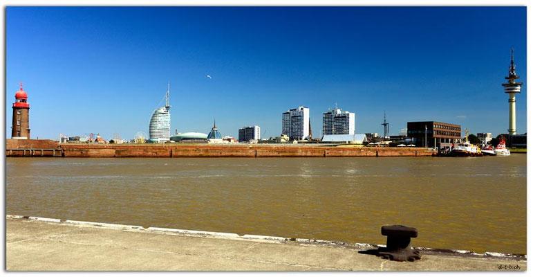 DE013.Bremerhaven Hafen