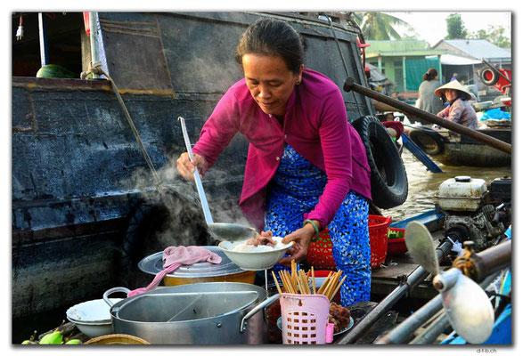 VN0375.Phong Dien.Floating Market