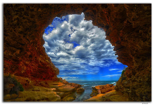 AU1001.Woolshed Cave
