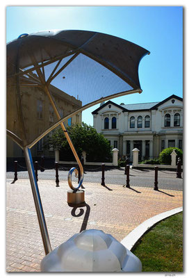 NZ0894.Invercargill.Umbrella