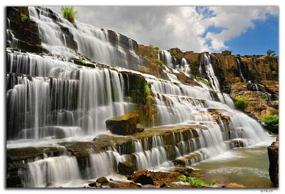 VN0314.Pongour Falls