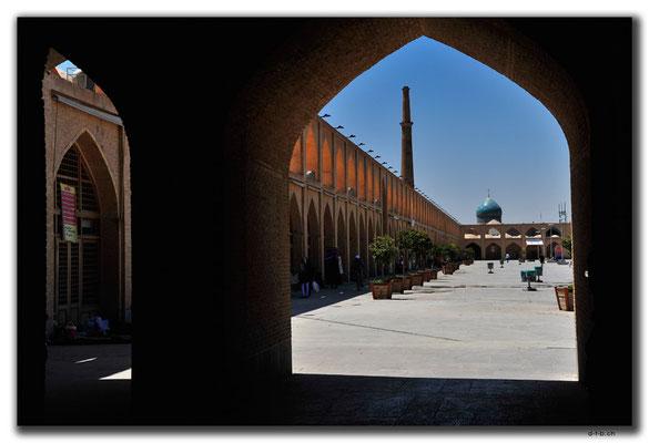 IR0196.Isfahan.Neu aufgebaute Karawanserei