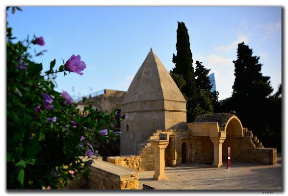 AZ050.Baku.Shirvanshahs Palace
