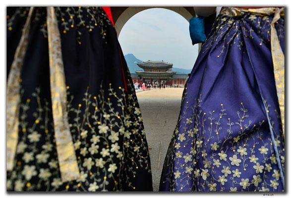 KR0032.Seoul.Gyeongbokgung Palace.Eingangstor
