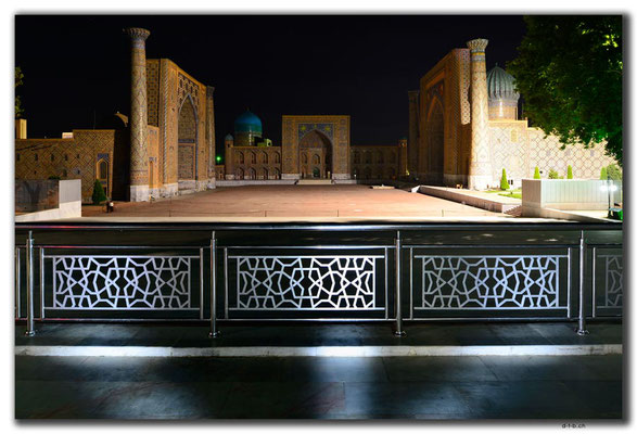UZ0128.Samarkand.Registan