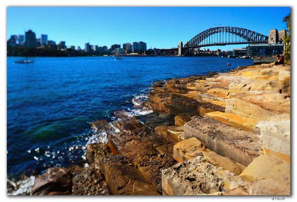 AU1732.Sydney.Harbour Bridge from Millers Point