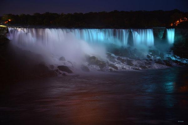 CA0381 Niagara Falls